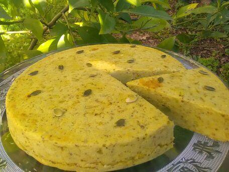 RECIPE MAIN IMAGE Gâteau de brocoli, fèves et fromage frais de chèvre