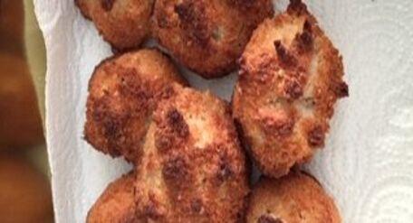 RECIPE MAIN IMAGE Rocher à la noix de coco