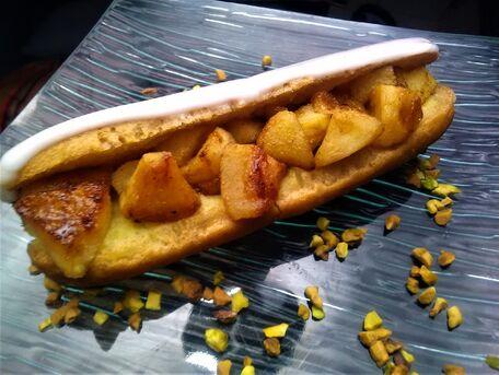RECIPE MAIN IMAGE Eclairs vanille et pommes dorées à la cannelle