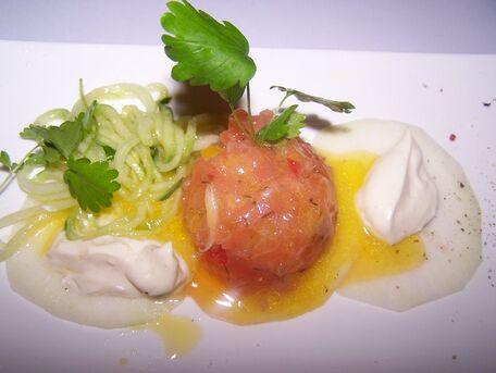 RECIPE MAIN IMAGE Tartare de saumon et sa sauce aïoli