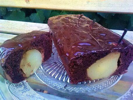 RECIPE MAIN IMAGE Cake poires et chocolat noir