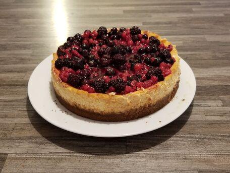 RECIPE MAIN IMAGE Cheesecake classique et fruits rouges