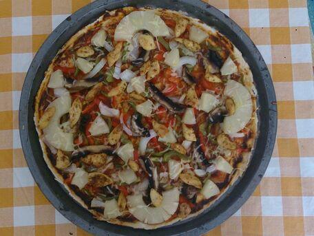 RECIPE MAIN IMAGE Pizza Hawaïenne