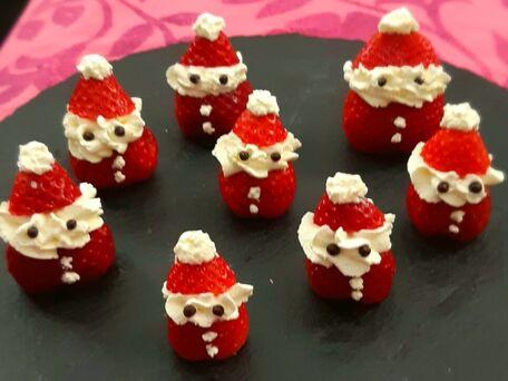 RECIPE MAIN IMAGE Ho, Ho, Ho.... l'arrivée du Père Noël se précise  tout en fruit et gourmandise