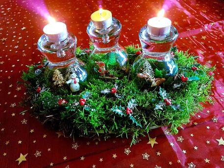 ADVICE MAIN IMAGE Créer un centre de table pour Noël avec de la récupération