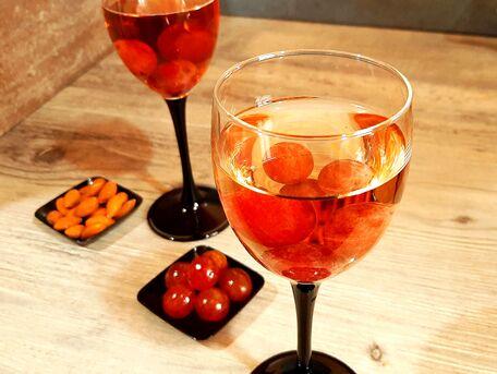 ADVICE MAIN IMAGE Rafraîchir un verre de vin sans le diluer.