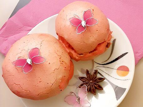 RECIPE MAIN IMAGE Meringues rose bonbons