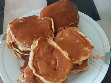 RECIPE MAIN IMAGE Pancakes aux fraises