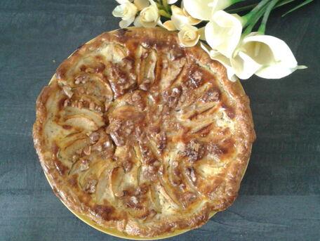 RECIPE MAIN IMAGE Ma tarte aux pommes à la crème d'amandes