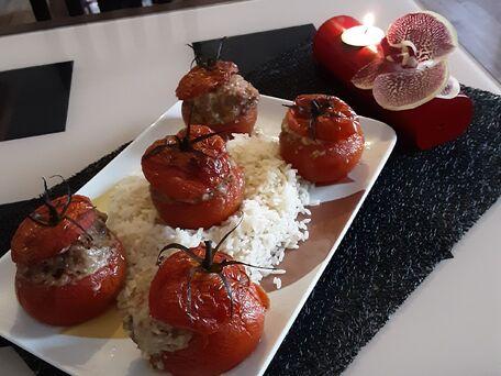 RECIPE MAIN IMAGE Tomates farcies de mémé cocotte