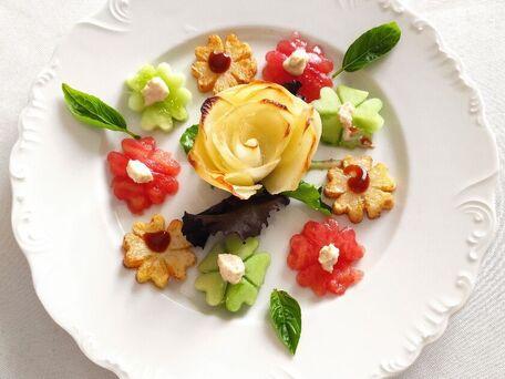 RECIPE MAIN IMAGE Frites en forme de roses et de fleurs
