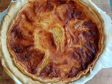 ADVICE MAIN IMAGE Faire précuire vos pommes avant d\'ajouter la crème sur votre tarte