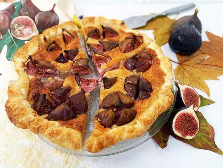 RECIPE MAIN IMAGE Tarte à la crème d'amande et figues violettes