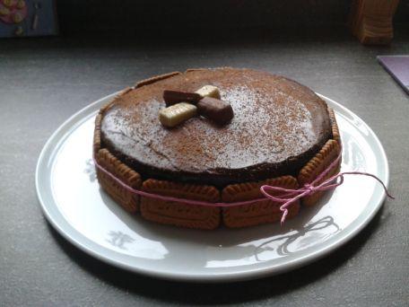 RECIPE MAIN IMAGE Gâteau gourmand aux 2 chocolats