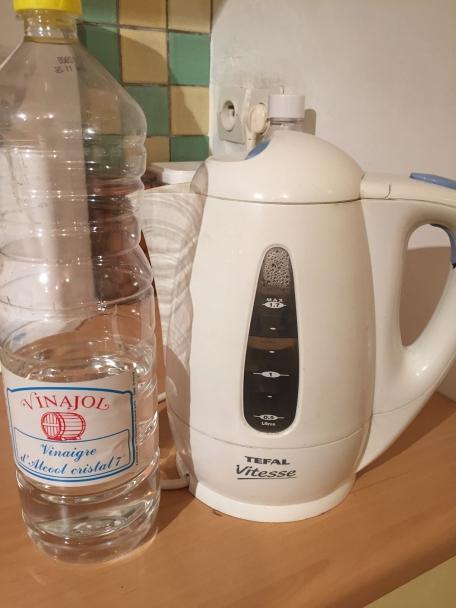 Recipes conseil nettoyer la bouilloire avec du vinaigre blanc shopadvizor - Nettoyer lave linge avec vinaigre blanc ...