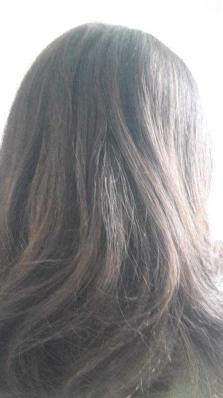 Le moyen pour lépaississement des cheveu conseillez