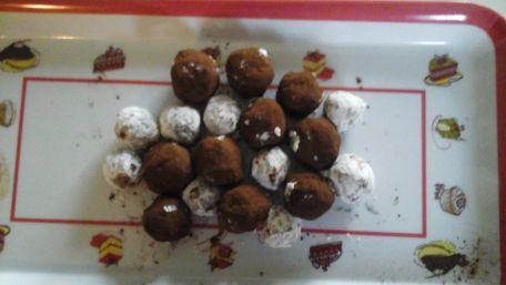 RECIPE MAIN IMAGE Truffes chocolat pour Noël