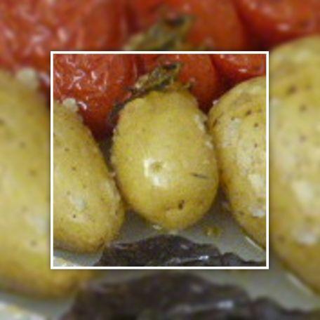 RECIPE MAIN IMAGE Pommes de terre grenailles au four