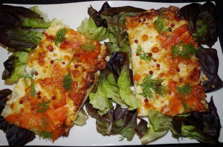 RECIPE MAIN IMAGE Pizza aux deux fromages et la truite fumée