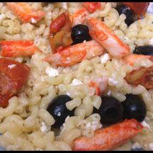 Salade de pâte bouchée goût crabe feta/olives