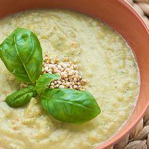 Soupe de patate douce aux courgettes et quinoa