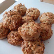 Muffins aux amandes et pépites de chocolat blanc