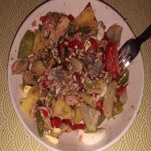 Salade aux artichauts et aux graines