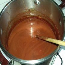 Ketchup de tomates aux pommes/poires et aux épices