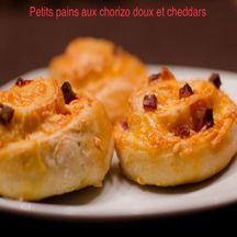 Petits pains au chorizo doux et cheddar