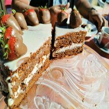 Gâteau aux 2 chocolats et fraises
