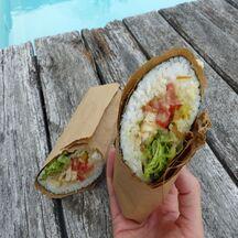 Sushi burrito végétarien
