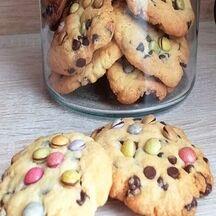 Cookies aux pépites de chocolat et smarties