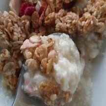 Caillé de brebis aux granolas