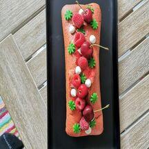 Cake aux cerises et framboises
