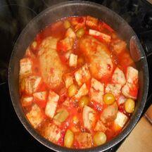 Poulet aux aubergines et aux olives