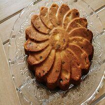 Gâteau aux pommes, raisin et armagnac