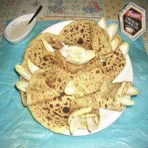 Crêpes au jus de légumes avec sauce Maroilles