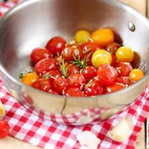 Tomates Méli Mélo confites au beurre, à l'ail et au romarin
