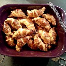 Mini-croissants chèvre et miel