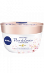 Crème Soufflé perlé Fleur de cerisier & Huile Jojoba Nivea